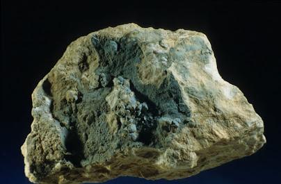 Plumbogummita-Plumbogummite