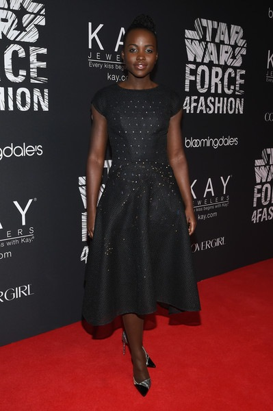 Lupita Nyong o Star Wars Force 4 Fashion Arrivals tktc8EH1p6il