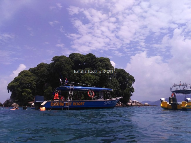 pulau renggis di pulau tioman