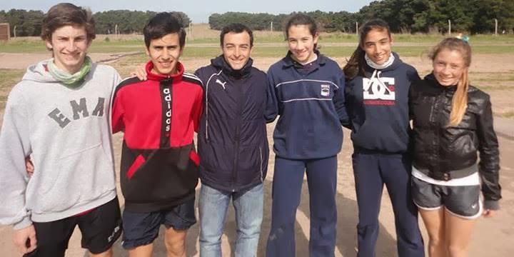 Micaela Arruti, Lucila Morinigo, Ana Farías, Gonzalo Salguero y Joaquín Aspiroz Escuela Deportiva Municipal de Atletismo