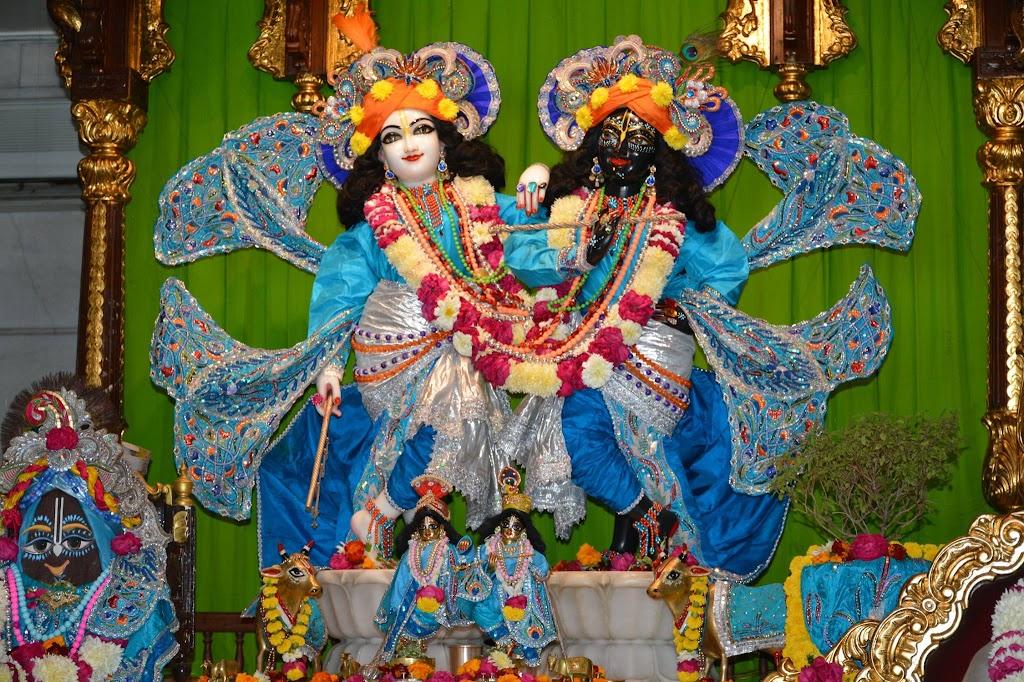 ISKCON Ujjain Deity Darshan 18 Dec 2015 (8)