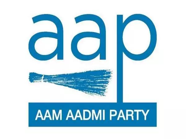 UTTARAKHAND ELECTIONS 2022: खटीमा से सीएम धामी के खिलाफ चुनाव लड़ेंगे AAP के एसएस कलेर