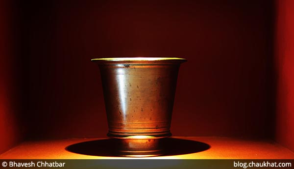 An antique vessel on display at Savya Rasa [Koregaon Park, Pune]