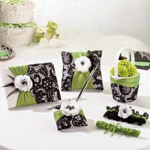 Wedding Accessories - lilrosebold.jpg