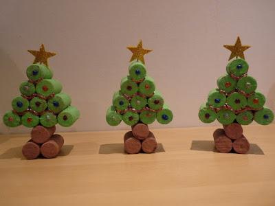 manualidades-fecula-patata-niños-material-arboles-navidad-playmais