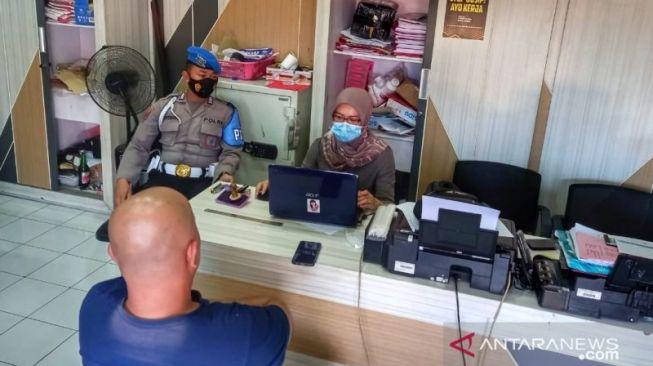 Ngaku Dapat Narkoba dari Polisi, 4 Kades di Jember Ditangkap Kasus Sabu-sabu
