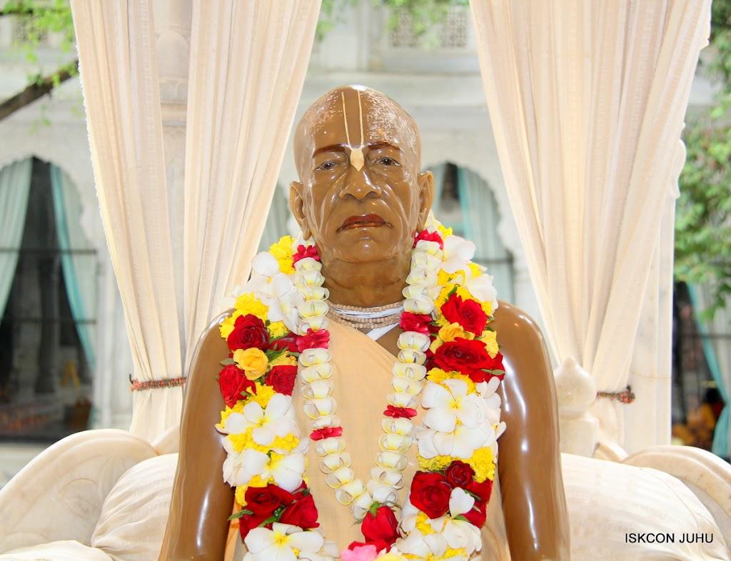 ISKCON Juhu Sringar Deity Darshan on 24th June 2016 (1)