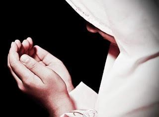 SubhanAllah, Inilah Manfaat-Manfaat Doa Yang Jarang Diketahui