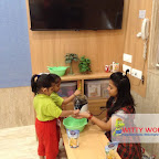 Popcorn Making Activity of Nursery Evening Section at Witty World, Chikoowadi (2017-18)