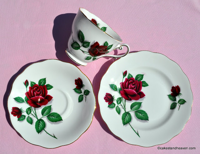 Red Rose pattern trio c.1950s