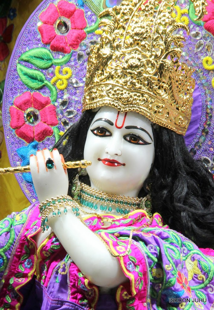 ISKCON Juhu Mangal Deity Darshan on 24th Sep 2016 (15)