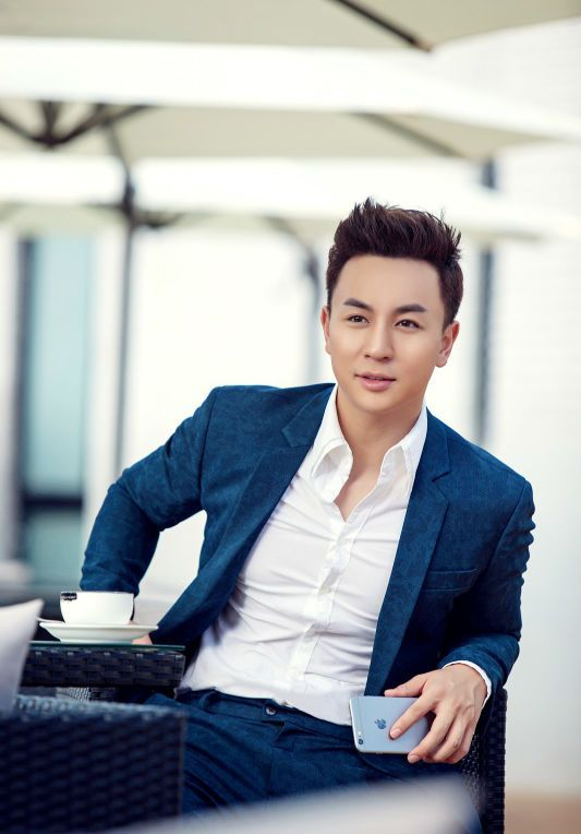 Ashton Chen / Shi Xiaolong China Actor
