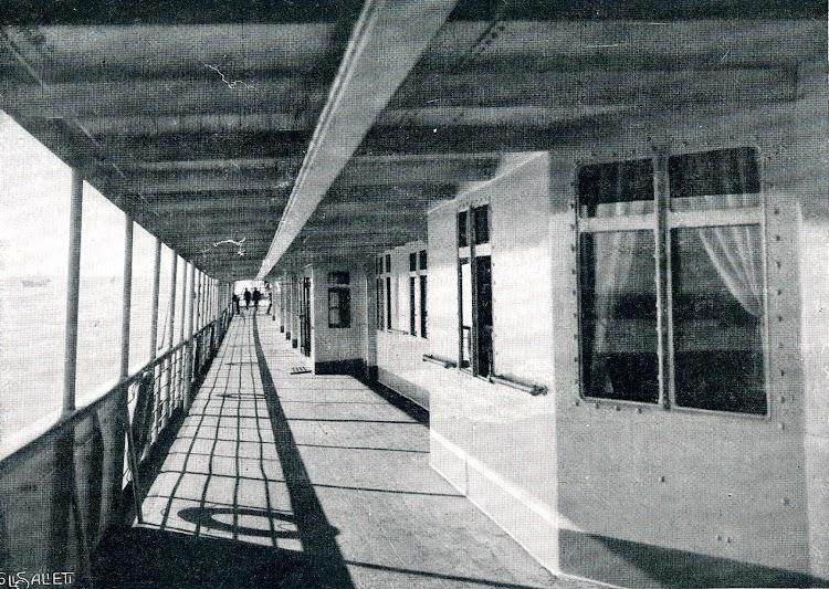 25-Cubierta alta de paseo. INFANTA ISABEL DE BORBON. Del Libro de Información para el Pasajero. Compañía Trasatlántica. 1913-14.tif
