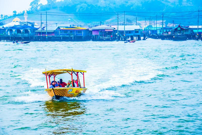 ブルネイ 水上タクシー 1
