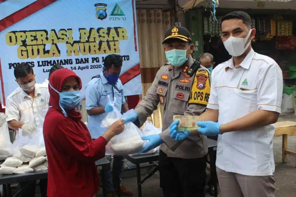 PG Jatiroto Bekerjasama Dengan Polres Lumajang Gelar Operasi Pasar Gula Murah