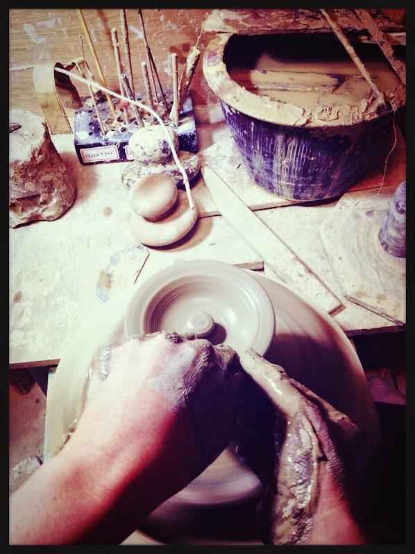 陶藝手拉坯手勢與坯體