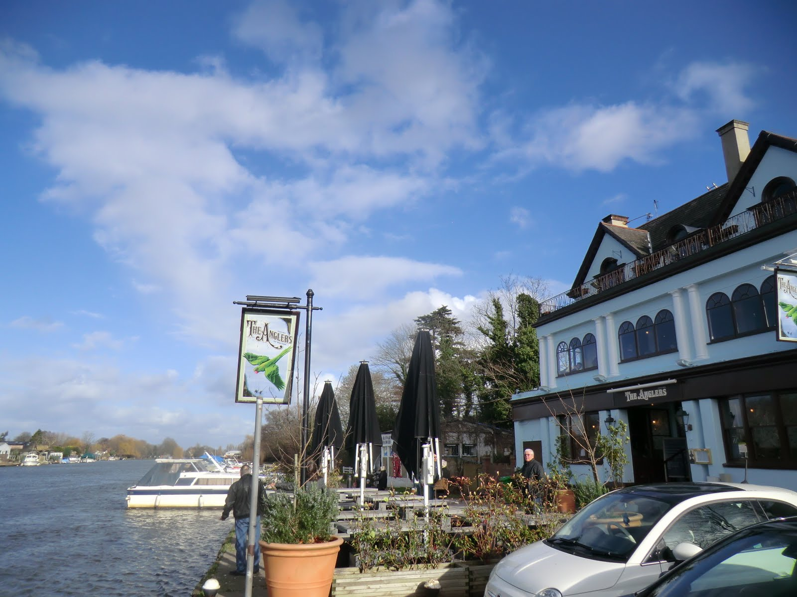 CIMG2682 The Anglers, Walton-on-Thames