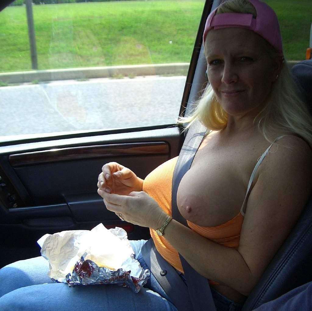 Love big tit in car amazing ass!!! Love
