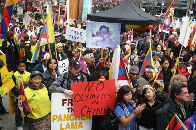 Global Protest in Vancouver BC/photo by Crazy Yak - IMG_0101.JPG