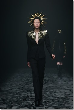 Mercedes-Benz China Fashion Week_GarethPugh4