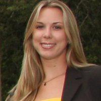 Amanda Farinos