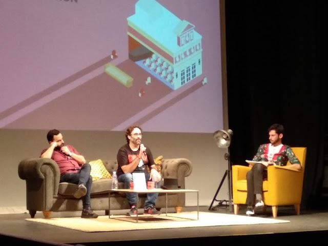 Conversación con Carlos Therón y Adolfo Valor.