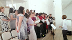 Kostol Vrbové - chorus pred omšou