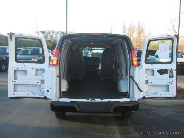 2004 chevrolet express cargo van specifications pictures prices. Black Bedroom Furniture Sets. Home Design Ideas