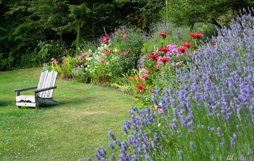 [MLS_summer-flowers-char%5B3%5D]