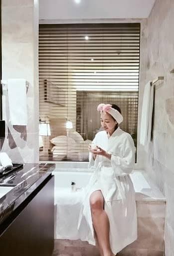 REVIEW: IM HOTEL MANILA