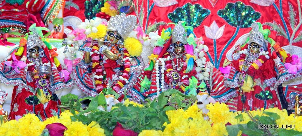 ISKCON Juhu Sringar Deity Darshan on 28th Aug 2016 (10)