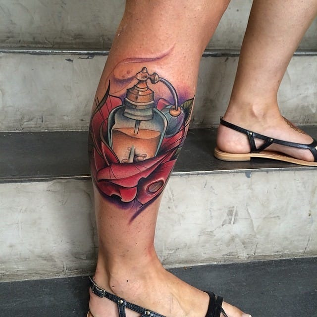 perfume_de_flor_perna_tatuagem