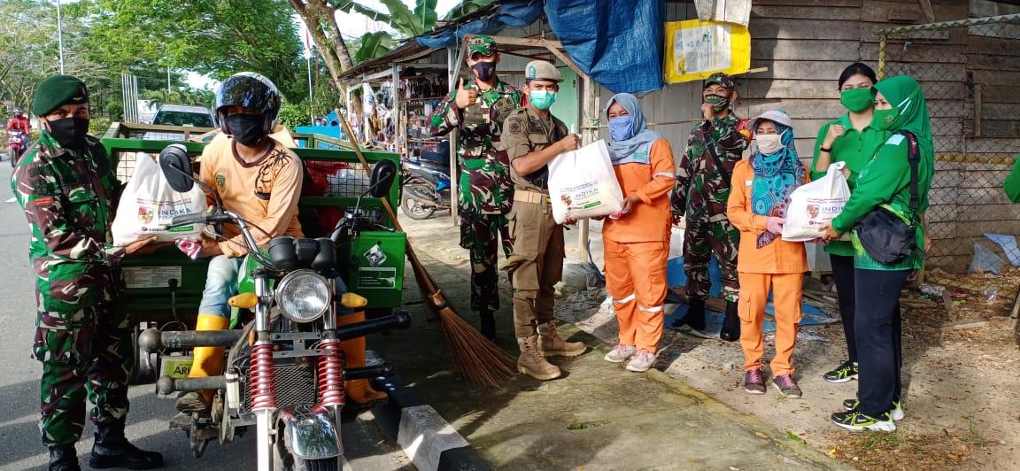 Solidaritas TNI Di Wilayah PPU Berbagi Untuk Masyarakat di Masa Pandemi