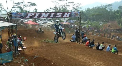 Open Grass Track Gasak 46 SC digelar di Sirkuit Karangpara Sukabumi/ Foto : Istimewa