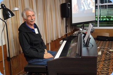 Claude Moffat playing the Clavinova CVP-509. Photo courtesy of Dennis Lyons.