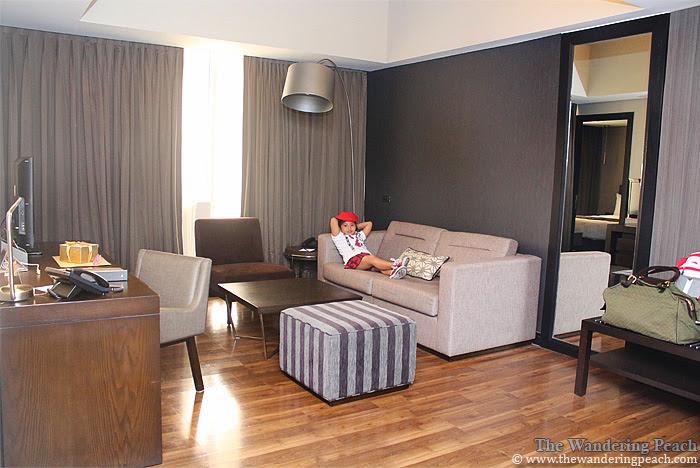 F1 Hotel Manila suite room