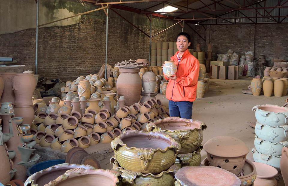 Làng gốm Phù Lãng thuộc xã Phù Lãng, huyện Quế Võ, tỉnh Bắc Ninh