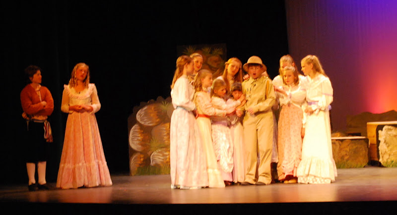 2012PiratesofPenzance - DSC_5847.JPG