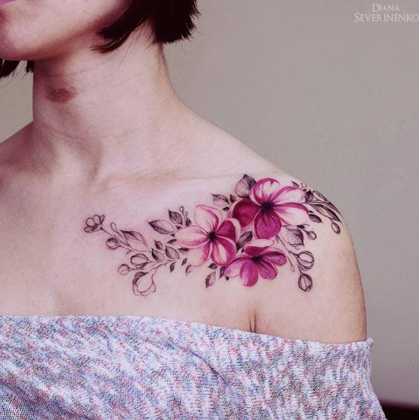 Esta linda botânico ombro peça