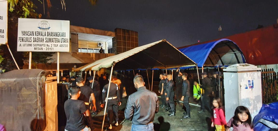 Antisipasi Banjir, Polda Sumut Dirikan Tenda Pengungsian Untuk Masyarakat