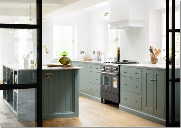 Cucina Country Chic in azzurro polvere