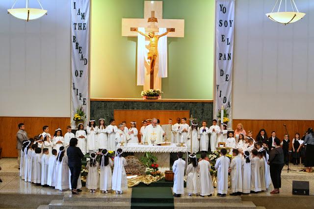 1st Communion May 9 2015 - IMG_1126.JPG