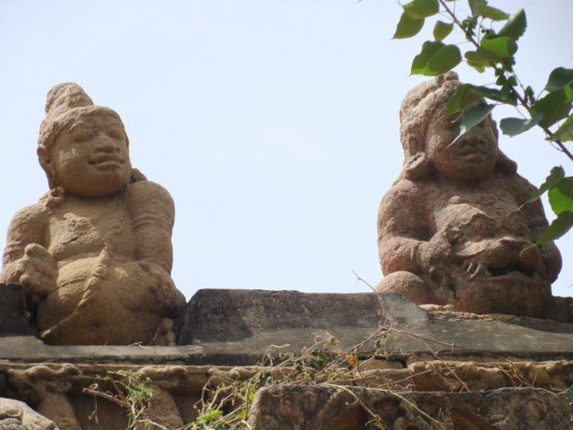 Sri Pasupatheeswarar Temple, Thiruppullamangai, Papanasam - 275 Shiva Temples