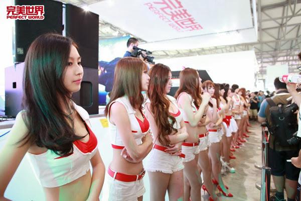 Ngắm dàn mỹ nữ của Perfect World tại ChinaJoy 2013 30