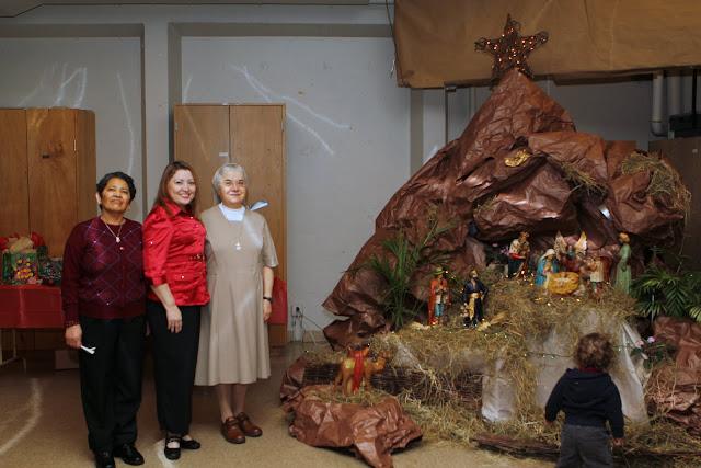 OLOS Navidad 2010 con Amigos Migrantes - IMG_9839.JPG