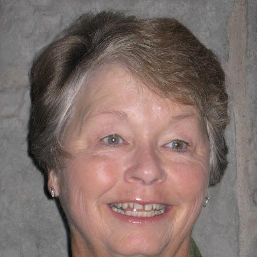 Gail Snow