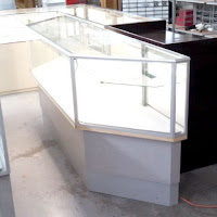 ILLUMINATED 8 FT ANGLED ENDS SHOWCASES