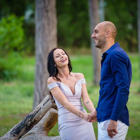 Fotógrafo de bodas Petko Momchilov (PetkoMomchilov). Foto del 08.12.2017