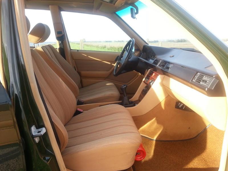 Mercedes w124 mercedes benz die sacco jahren for Auto interieur reinigen zelf