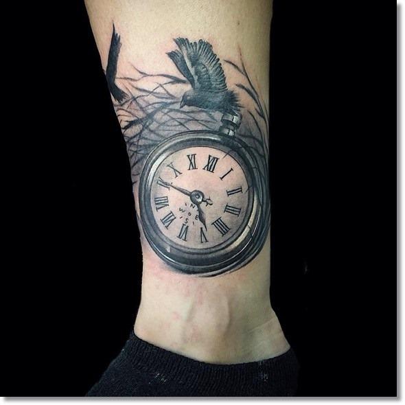 relgio_de_bolso_ninho_perna_tatuagem
